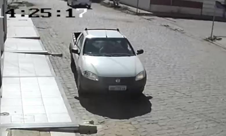 Vigilante tem carro tomado por assalto no município de Sousa - PB